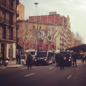 Desalojo de La Carbonería. Autor: Aleix Aguilera (@aleixaguilera)