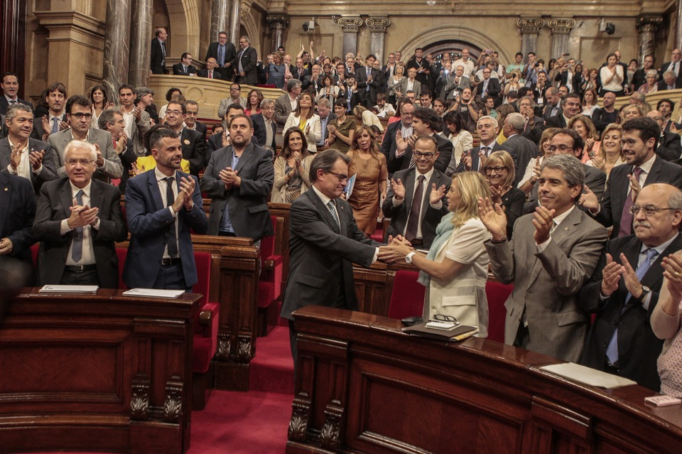 Imagende la votación en el Parlament de Catalunya de la Ley de Consultas. Fuente: www.parlament.cat