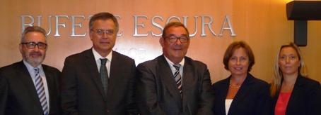 De izquierda a derecha: Ferran Josa (Frouchtman, Sant i Josa), Ferran Escura (Bufete Escura), Albert Sant (Frouchtman, Sant i Josa), Sonia Frouchtman (Frouchtman, Sant i Josa), Laura Cester (Bufete Escura)
