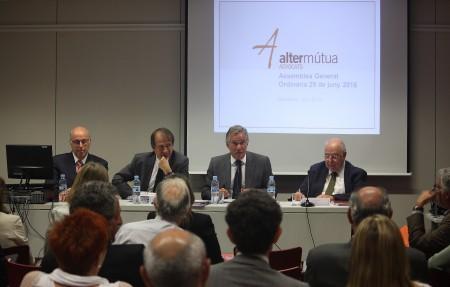 El Presidente de Alter Mutua, José-Félix Alonso-Cuevillas, dirigiéndose a la Asamblea General el pasado 29 de junio