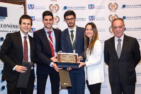 Fotografía: Integrantes del equipo Cánovas Málaga con D. Joaquín García Romanillos, Consejero de la Mutualidad de la Abogacía.