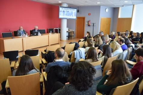 171129 - NP - Los Graduados Sociales se presentan en la Escuela Judicial