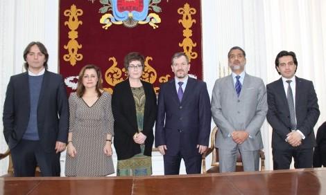 Begoña Castro y Mabel Zapata reciben en el ICAM a representantes de The Arrested Lawyers Initiative.
