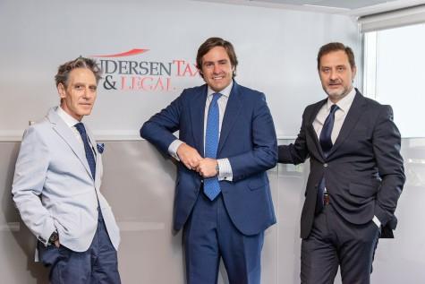 Javier Mata, socio director de la oficina de Madrid, Luis Cortezo, socio del área de Procesal y Arbotraje, Íñigo Rodríguez-Sastre, socio director del área de Derecho Procesal, Concursal y Arbitraje de Andersen Tax & Legal.
