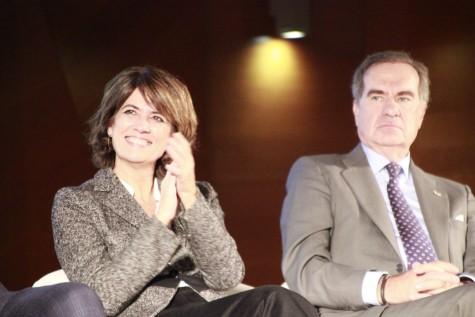 La ministra de Justicia Dolores Delgado junto al decano del ICAM José María Alonso