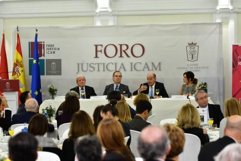 El abogado Miquel Roca ha participado hoy en el Forop Justicia del ICAM