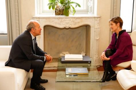 Ministro de Justicia y Victoria Ortega Visita Abogacía (2)