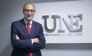 Javier García UNE